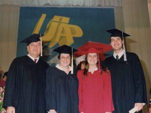 Graduación de la familia Herbez en la Universidad Adventista del Plata, Argentina (1992)